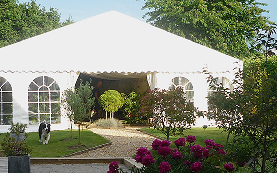 Top 5 things to remember when preparing for a garden marquee